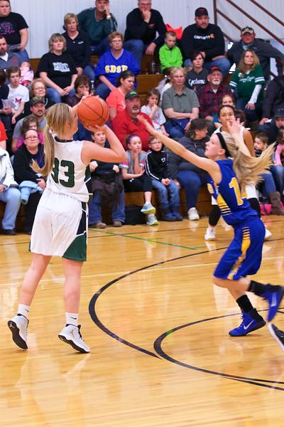 '17 Cyclones Girls Basketball 370.jpg