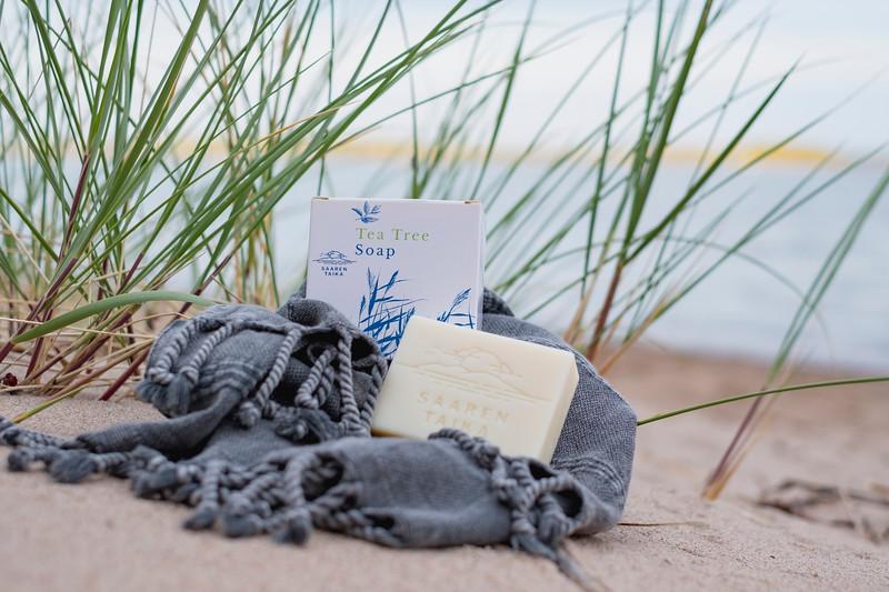 Saaren Taika teepuusaippua tea tree soap Veera suolasaippua salt soap (8 of 33).jpg