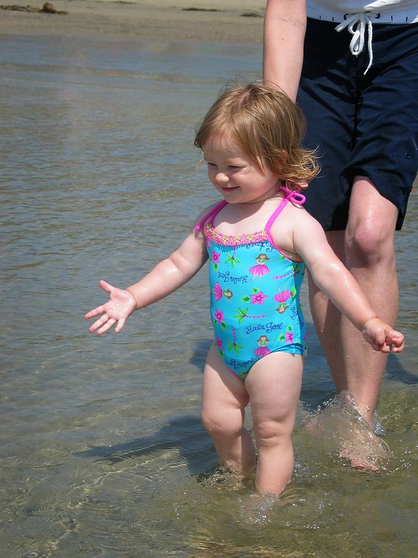 7/18 - Lili's first time on the beach