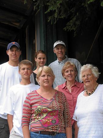 Saturday_Finnie + Becky Family