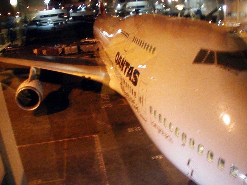 Qantas Flight 12 In Los Angeles