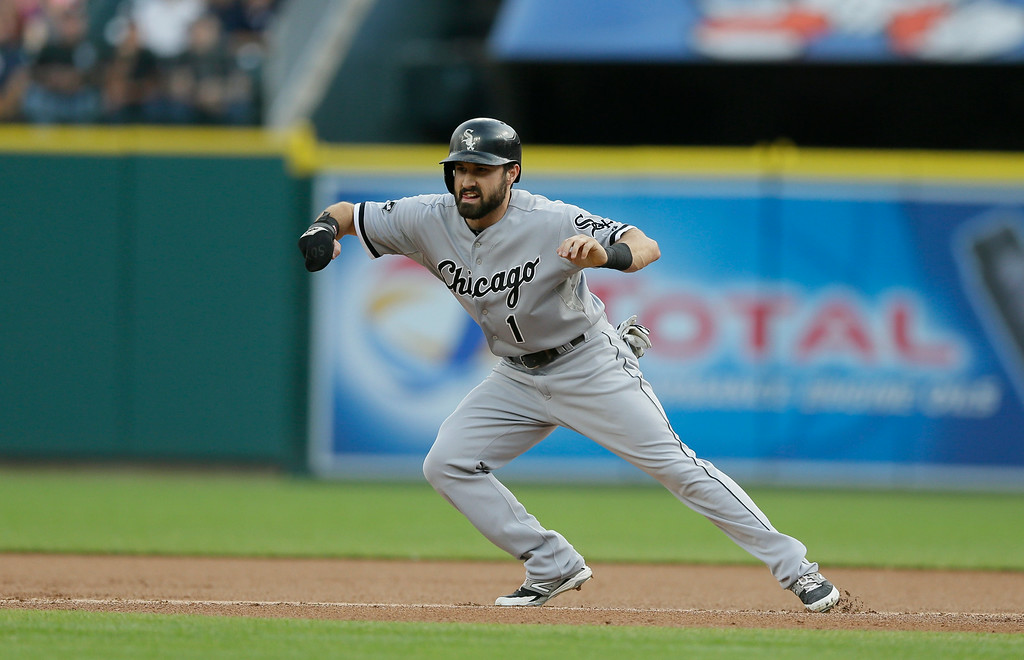 . Chicago White Sox\'s Adam Eaton leads off first during the first inning of a baseball game against the Detroit Tigers, Wednesday, July 30, 2014 in Detroit. (AP Photo/Carlos Osorio)