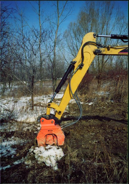 NPK C2D compactor on Cat mini excavator (6).JPG