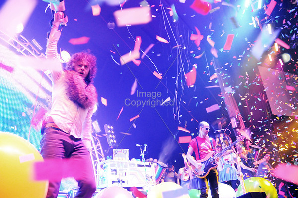 The Flaming Lips, New Years Freakout 5. Night 2. Jan1,2012. Oklahoma City, Oklahoma