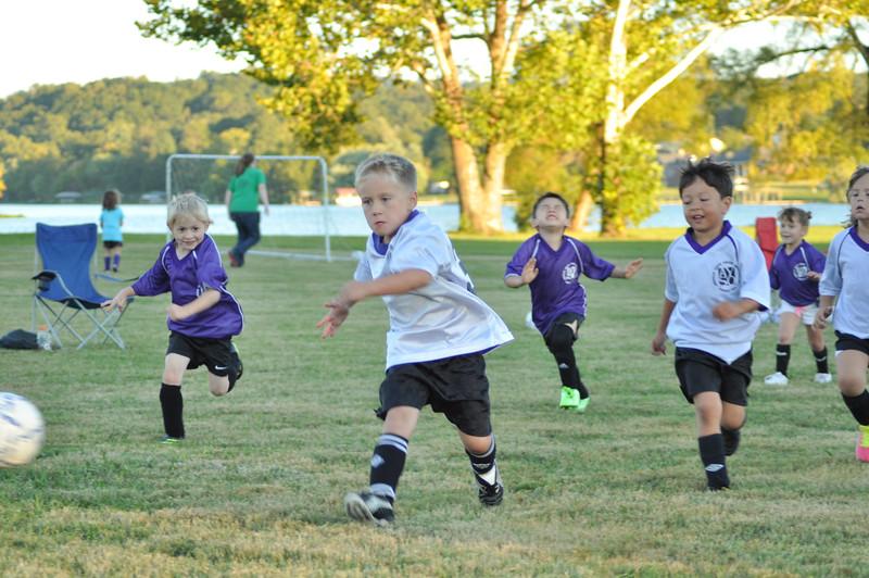 ayso-soccer-game1-0045.jpg
