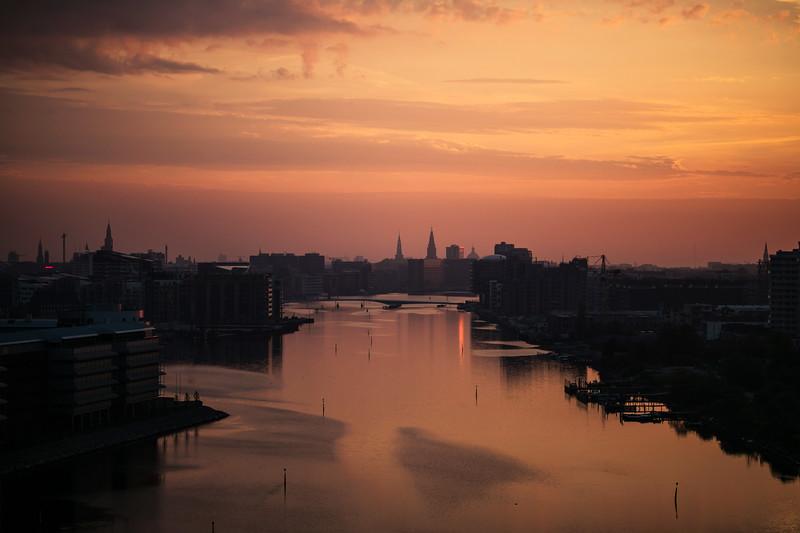 copenhagen dawn 85mm.jpg