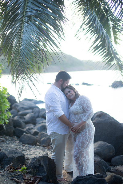 kauai-maternity-40.jpg