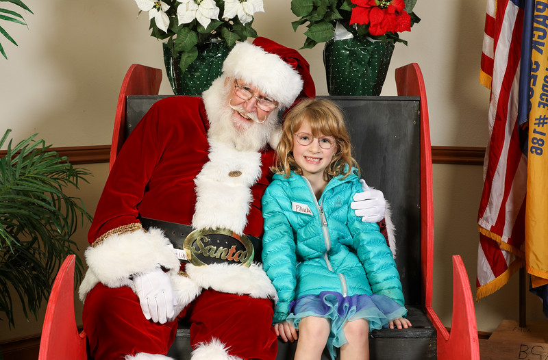 TBTP 2019 Photos with Santa-76.JPG
