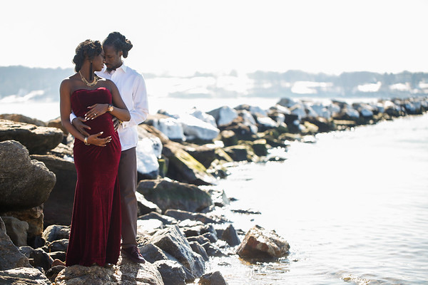 Amanda + Damian's Maternity Session