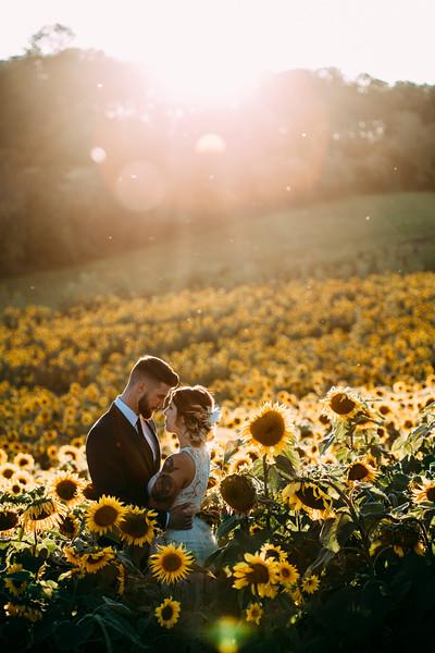 Sunflower_WeddingStyledShoot-33.jpg