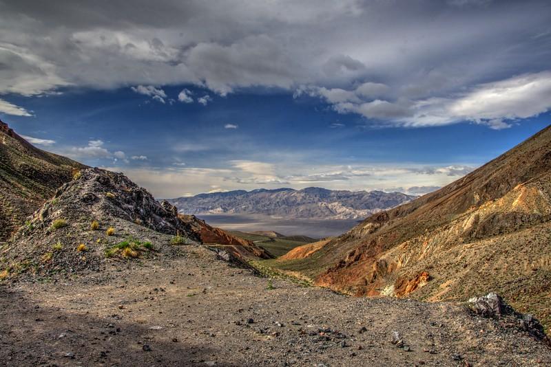 Death-Valley-HeadingtoOwensValley-Beechnut-Photos-rjduff.jpg