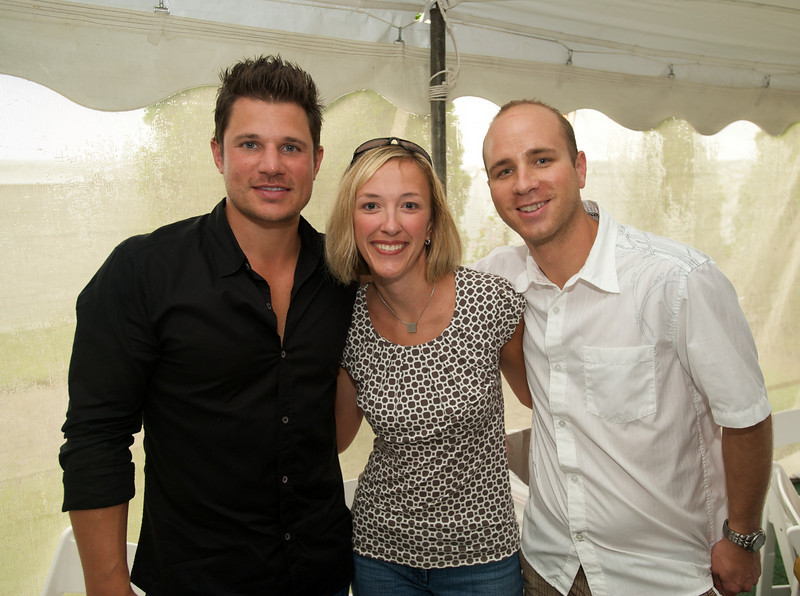 Nick Lachey with Michelle and Justin Sanker