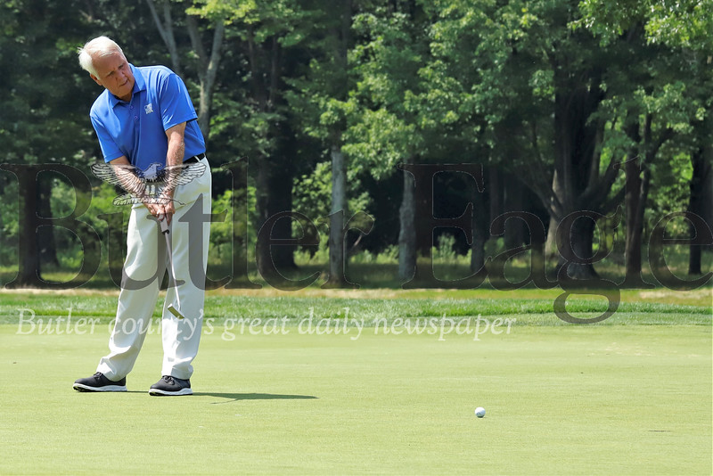 Dan Reid of Cranberry Highlands Golf Course putts on the number 2 hole at Butler Country Club Monday. 08/05/19 Seb Foltz/Butler Eagle