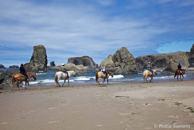 Horse ride on the beach at Bandon