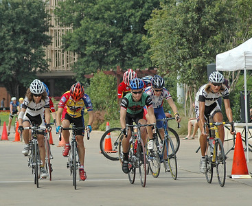 additional pictures of the 15 + Junior race