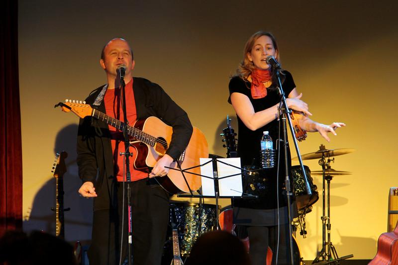 2011.12.12 Suzi Shelton Concertf-32.jpg
