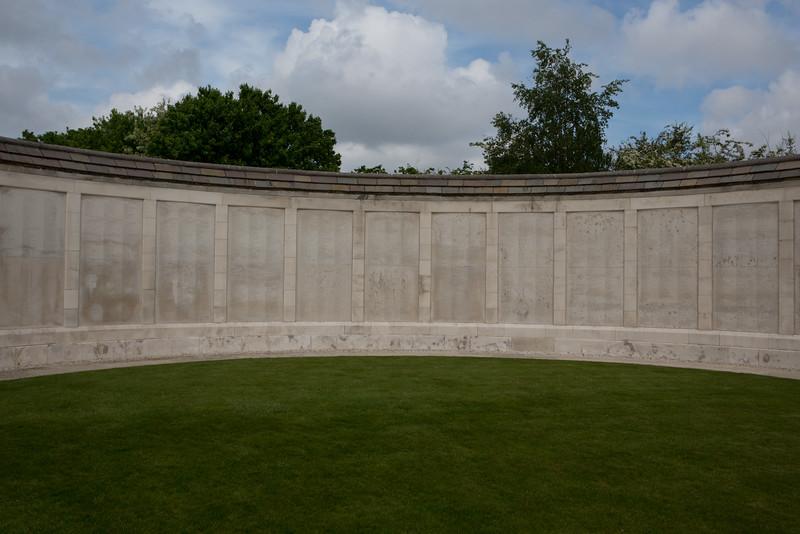 Ypres Tyne Cot Cemetery (35 of 123).jpg