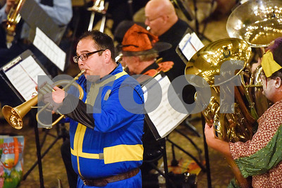 costumed-community-band-plays-spooky-songs-for-halloween-concert
