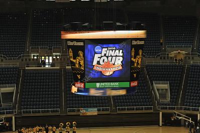 26732 Men's Basketball Final Four Send Off