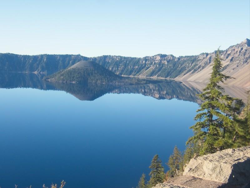 Crater Lake - Wizard Island © Chiyoko Meacham