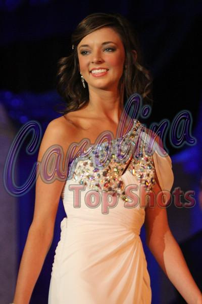 Contestant 9 - Amanda