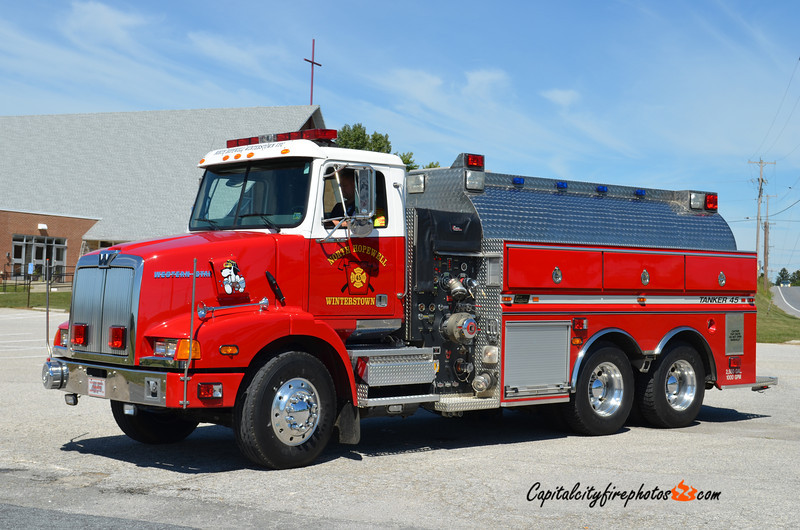 North Hopewell-Winterstown Tanker 45: 2001 Western Star/New Lexington 1000/2500