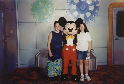 2000-08-15 Shanda & Michelle to Disney