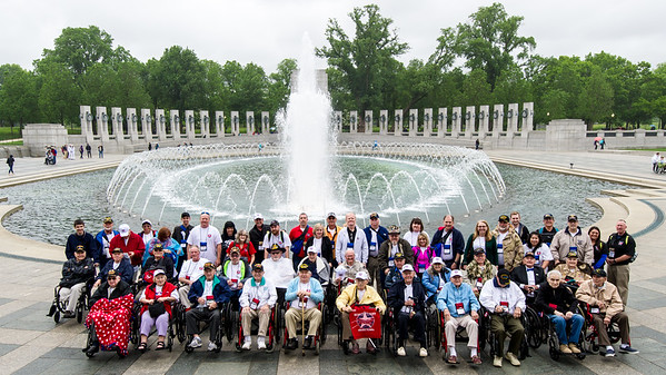6. Group Photo and WWII Memorial