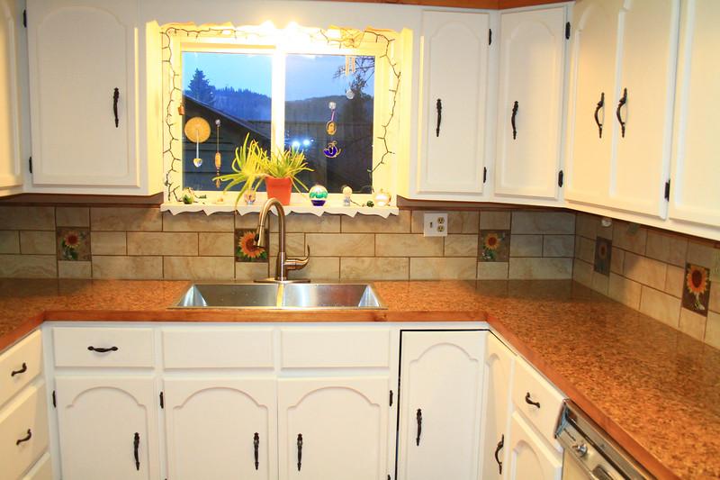 kitchen-1240.jpg