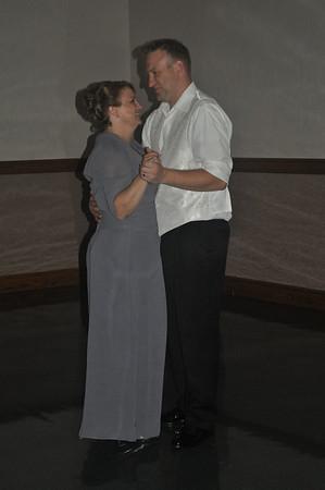 Joe&Crystal Wedding - Groom & Mother Dance
