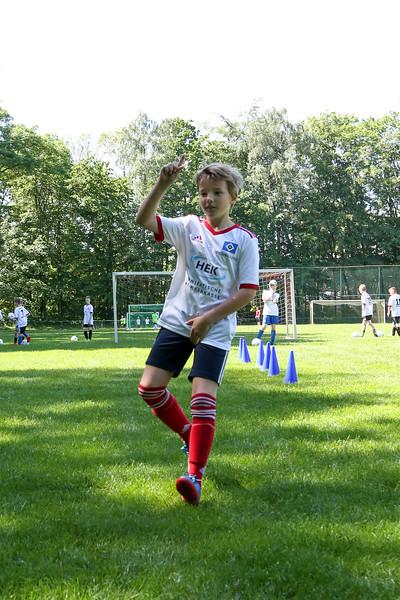 hsv_fussballschule-318_48048034547_o.jpg