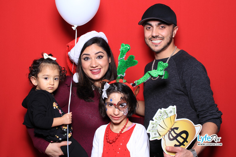 eastern-2018-holiday-party-sterling-virginia-photo-booth-0187.jpg