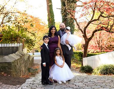 Hahn Family Peeks