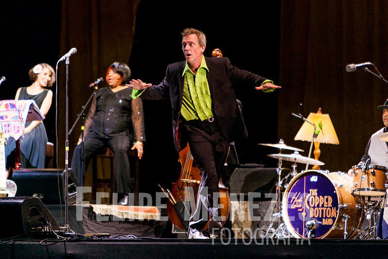 Hugh Laurie_Site_038.jpg