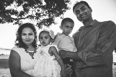 Kandukuri Family 102014 high res