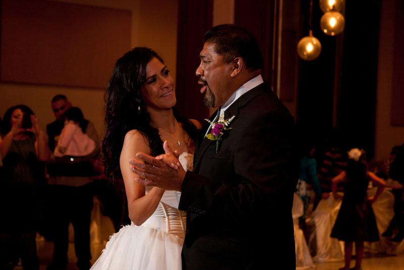 2011-11-11-Servante-Wedding-480.JPG