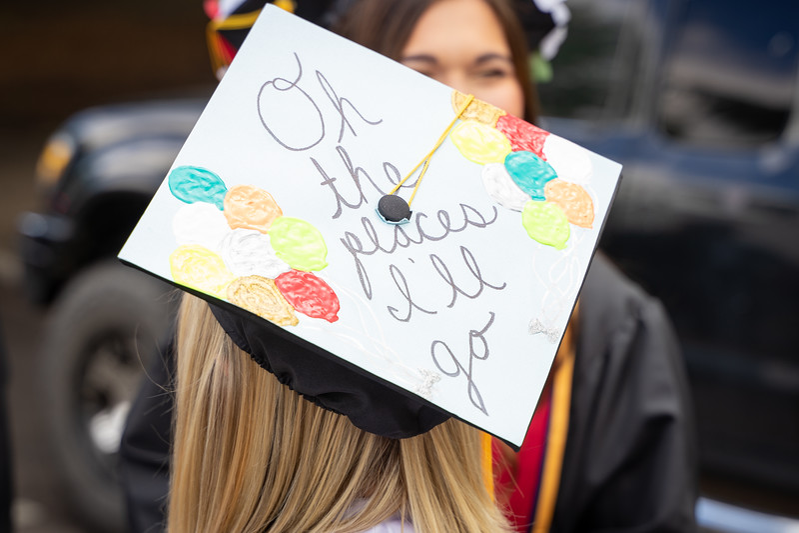 1905_26_graduation_pickhardt-04866.jpg