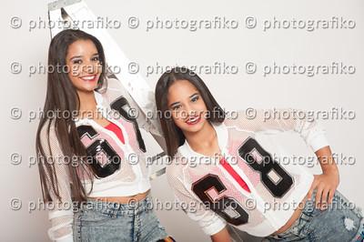 pk2375 Guillen Sisters