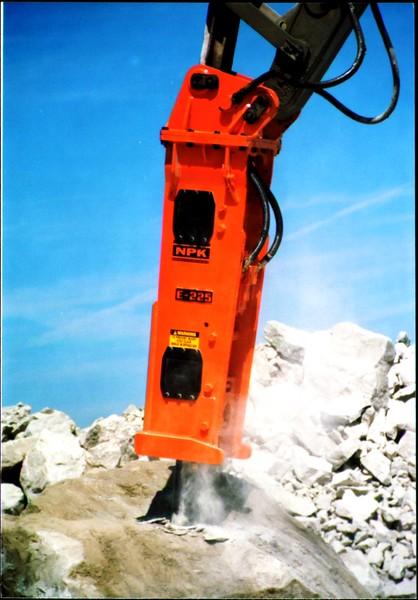 NPK E225 hydraulic hammer on Cat excavator at Marblehead quarry (3).JPG