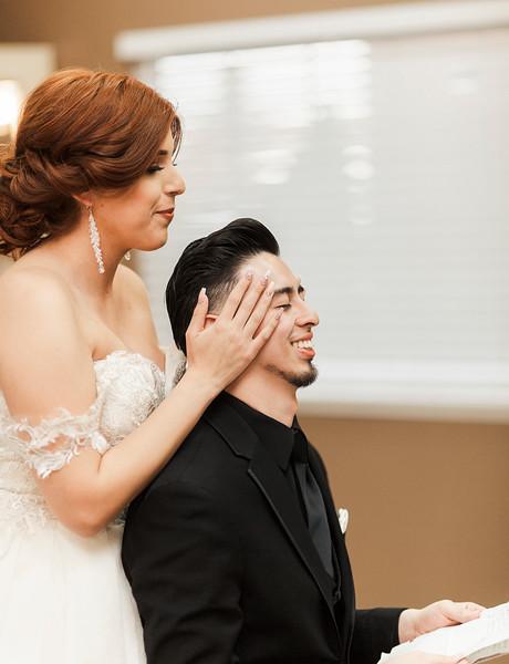 Alexandria Vail Photography Wedgewood Fresno Wedding Alexis   Dezmen278.jpg