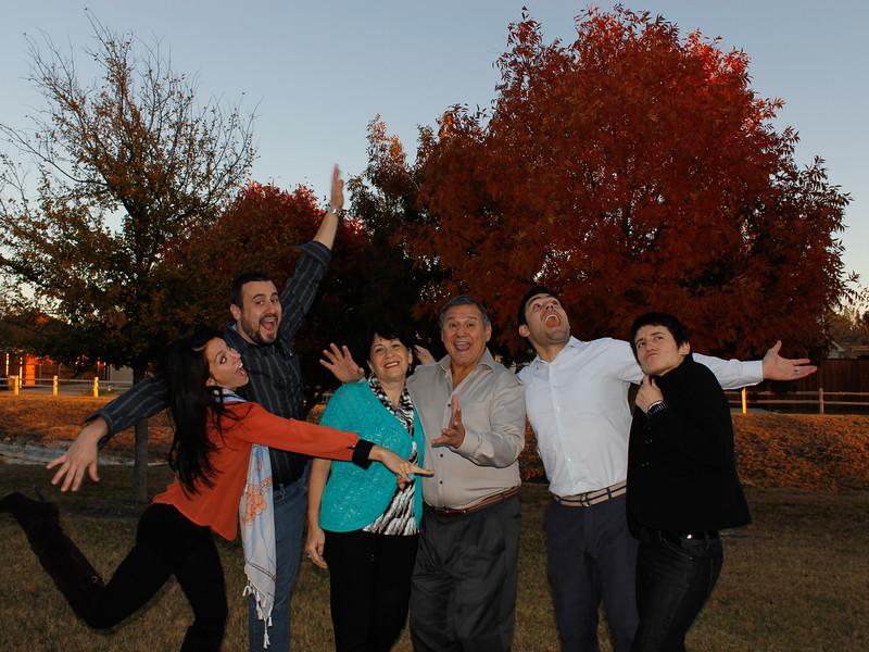 121123, Family Fall Pics (15).jpg
