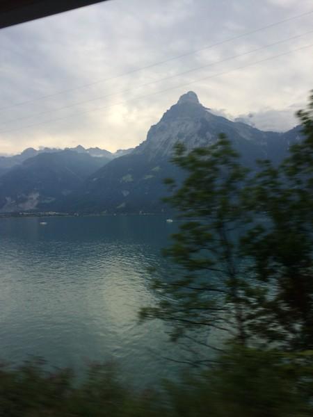 356_iPhone_Switzerland.jpg