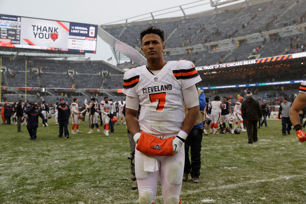 . Cleveland Browns quarterback DeShone Kizer (7) walks off the field after losing to the Chicago Bears 20-3 in an NFL football game in Chicago, Sunday, Dec. 24, 2017. (AP Photo/Nam Y. Huh)