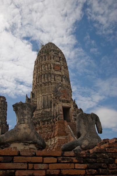 Wat Chaiwatthanaram 6 - Ayutthaya, Thailand.jpg
