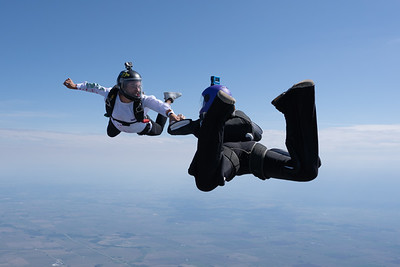 2021 CSC Sisters in Skydiving