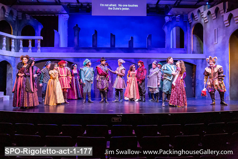 SPO-Rigoletto-act-1-177.jpg