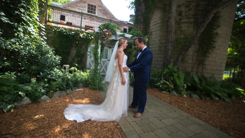 Garrett & Lisa Wedding (095).jpg