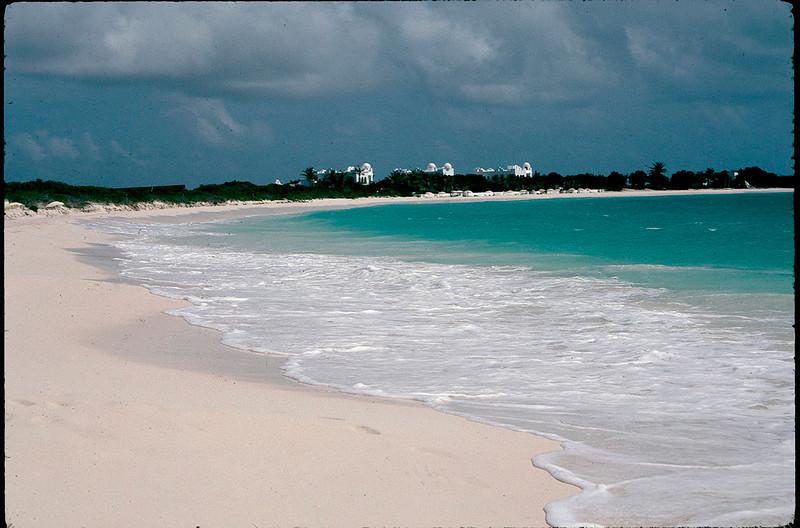 Anguilla_011.jpg