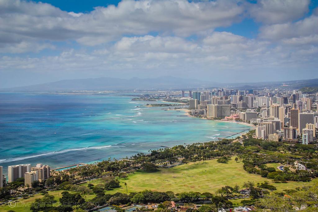 things to do in Honolulu - Waikiki Beach - Lina Stock