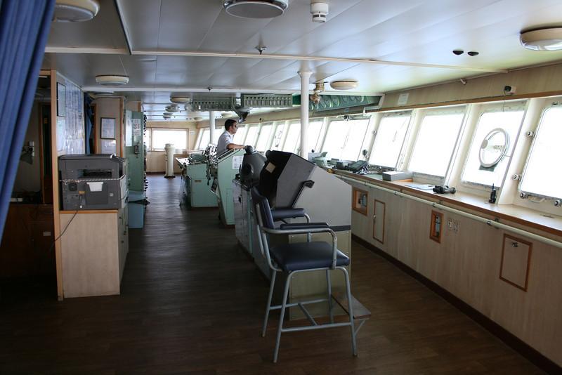 2010 - On board F/B IONIAN SKY : the bridge.